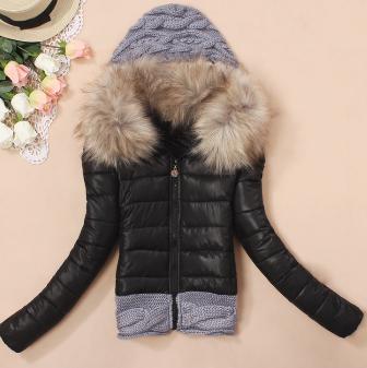 Dámská bunda s kožešinovým límcem černá