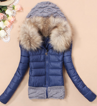 Dámská bunda s kožešinovým límcem modrá