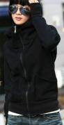 Mikina s vysokým límcem a kapucí černá