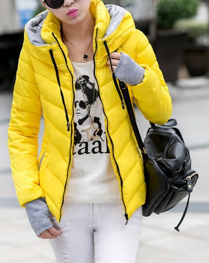 Dámská bunda s vysokým límcem žlutá