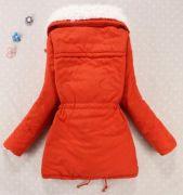 Dámská zimní prošívaná červená bunda s kožíškem