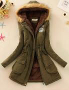 Armádní zelená kabát s kapucí