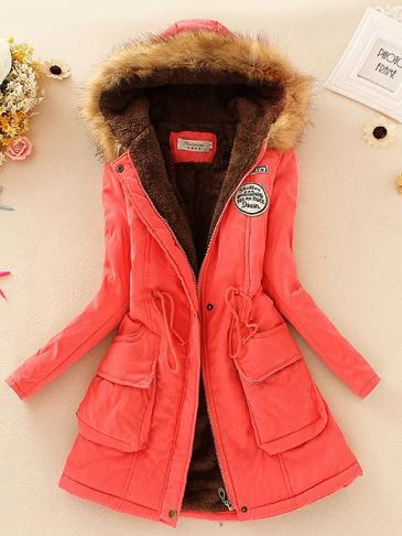 Melounový kabát s kožešinou a kapucí