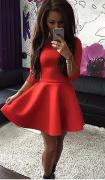 Dámské šaty s áčkovou sukní