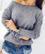 Dámský svetřík s ozdobou