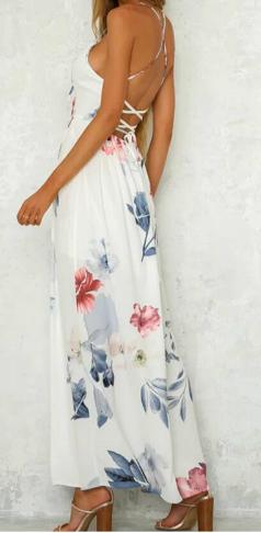 Letní šaty s rozparkem
