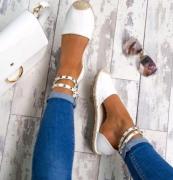 Pohodlné sandály s uvázáním kolem kotníku