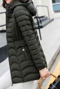 Dlouhé bundy s kapucí