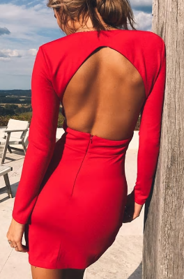 Sexy šaty holá záda