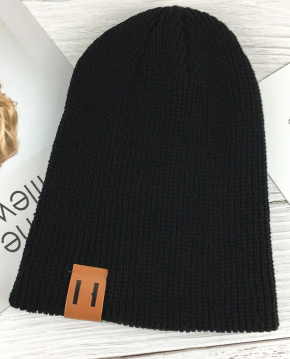 Moderní čepice - Černá
