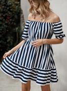Pruhované šaty s volnými rameny