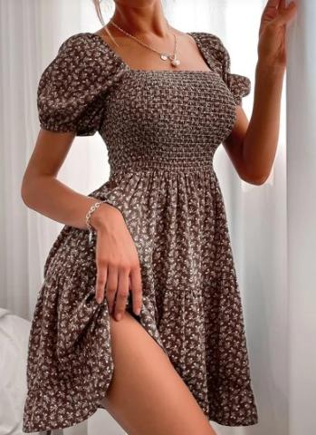 Šaty žabičkového střihu